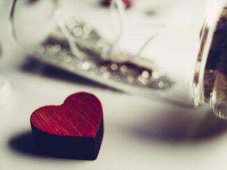 Herzfarben - Ein alleiniges Symbol der Liebe?