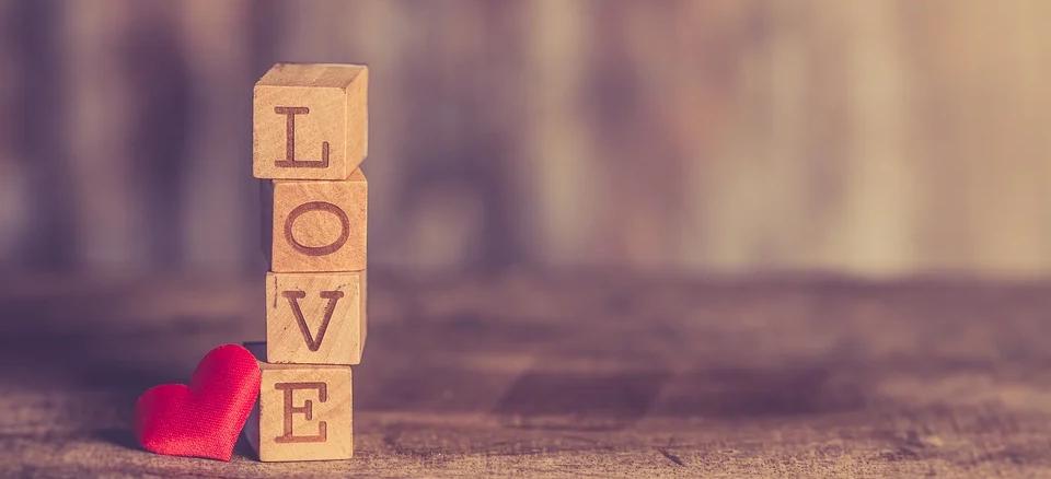 20 schöne Liebessprüche für ihn